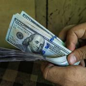 Le dollar au plus haut depuis plus de trois semaines face à l'euro