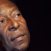 Brésil : Pelé a effectué un bref retour en soins intensifs