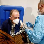 En Italie, l'extension du passe sanitaire dope les prises de rendez-vous de vaccination