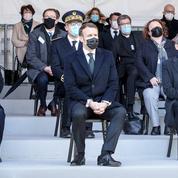 Présidentielle: avant Macron, Hollande et Sarkozy avaient aussi dépensé à tout-va pour bétonner leur candidature