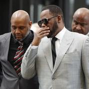 Réquisitoire cinglant au procès du chanteur américain R. Kelly décrit comme un «prédateur» sexuel