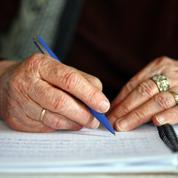 «Je sais encore écrire, je ne suis pas à mettre à la poubelle», comment l'écriture aide les malades d'Alzheimer