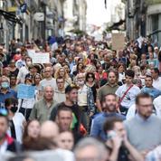 Manifestations anti-passe sanitaire : près de 48.000 personnes dans la rue samedi selon le ministère de l'Intérieur