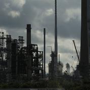 Le pétrole, galvanisé par l'Opep+, atteint de nouveaux sommets