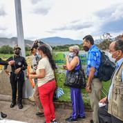 Impatience et exaspération à la frontière Colombie-Venezuela toujours fermée