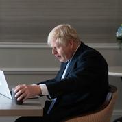 Royaume-Uni: malgré les crises, Johnson promet une économie post-Brexit florissante