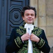 À l'installation de Jean-Michel Othoniel, académicien encore vert, sous la Coupole