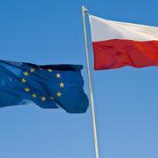 Varsovie veut rester dans l'UE, assure le premier ministre, au lendemain d'une décision légale controversée