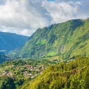 La Réunion : le pilote d'un ULM et son passager tués dans un crash