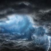 Grèce : après les incendies, la tempête Athena frappe l'île d'Eubée