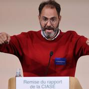 Trois personnalités appellent à la «démission collective des évêques» catholiques