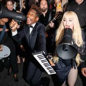 En plein concert, Madonna entraîne son public dans les rues de New York