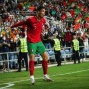 Mondial 2022 : le Danemark se qualifie, Ronaldo inscrit un triplé, la Suède met la pression sur l'Espagne