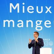 À l'approche de la présidentielle, Emmanuel Macron cajole les agriculteurs