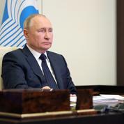 L'EI compte 2000 hommes en Afghanistan et veut s'étendre en Asie centrale, selon Poutine