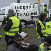 Hausse des prix du carburant : des «gilets jaunes» tentent de relancer la mobilisation