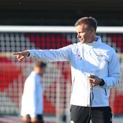 Ligue des champions : «Peut-être qu'une ligne à sept défenseurs serait une possibilité», s'amuse le coach de Leipzig, Jesse Marsch