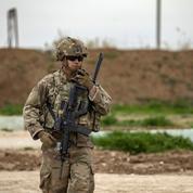 Des explosions dans une base en Syrie utilisée par la coalition menée par les États-Unis
