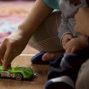 Réforme de l'adoption: feu vert du Sénat à l'ouverture aux couples non mariés