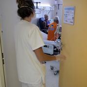 Covid-19 : 30 morts en 24 heures, 6400 malades hospitalisés