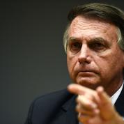 Covid au Brésil : Facebook retire une vidéo où Bolsonaro lie vaccin et sida