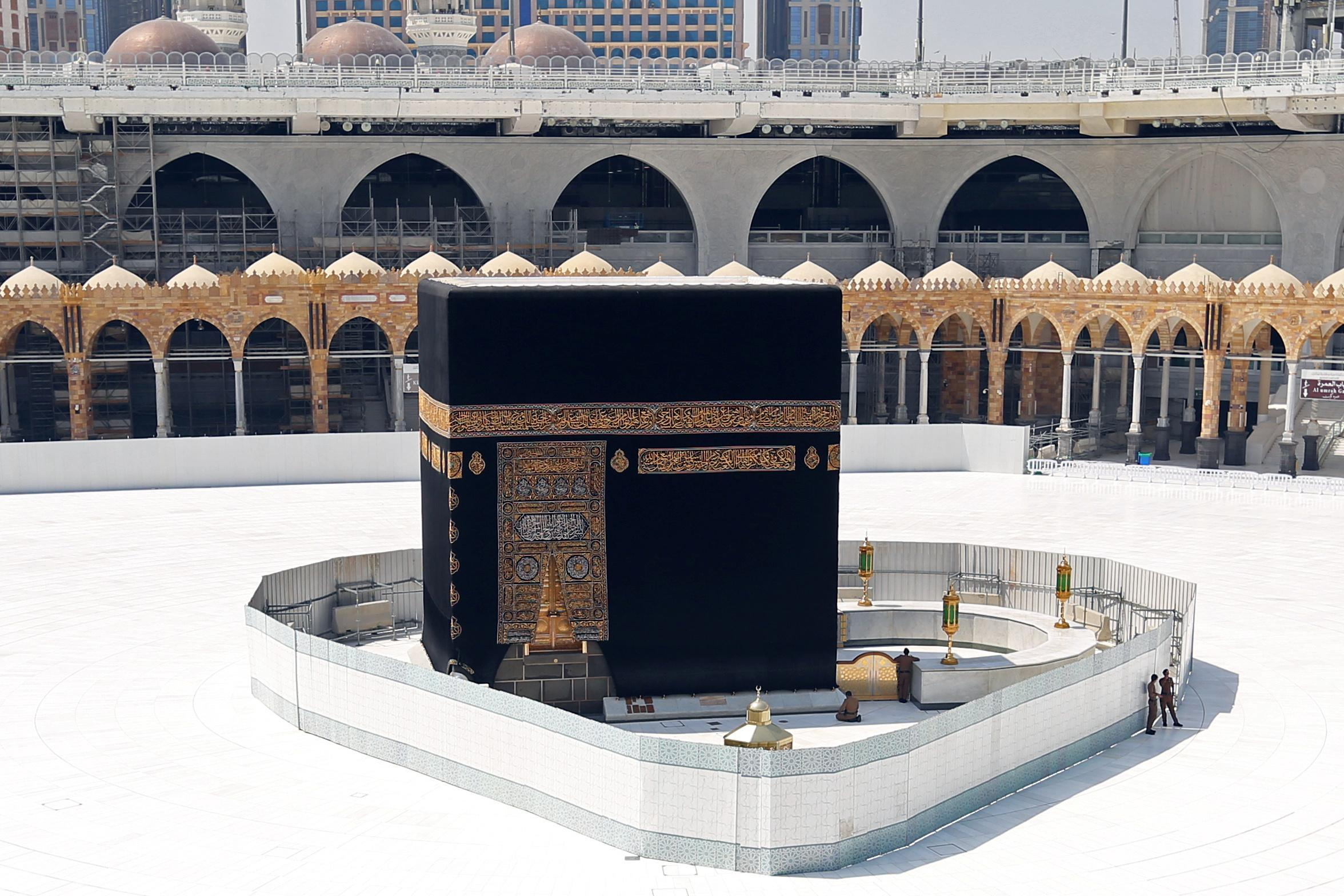 Coronavirus : les images impressionnantes de La Mecque désertée