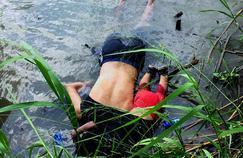 La terrible image d'un Salvadorien et de sa fille morts noyés en tentant de gagner les États-Unis