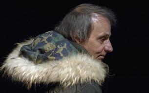 «On n'a pas affaire à un suicide français, mais plutôt à un suicide moderne», juge Michel Houellebecq