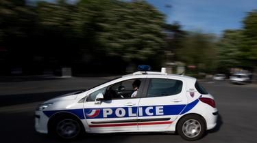 Paris: une bijouterie cambriolée grâce à des voitures de luxe