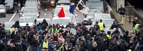 Intrusion de «gilets jaunes» sur le périphérique parisien