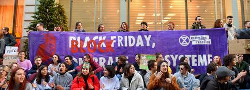 Qui sont les mouvements derrière les actions anti-Black Friday?