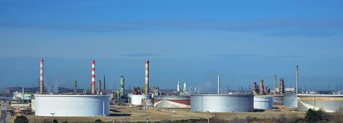 Les Bretons inquiets du blocage des dépôts pétroliers
