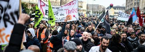 Retraites: les cheminots et les agents de la RATP manifestaient ce jeudi à Paris