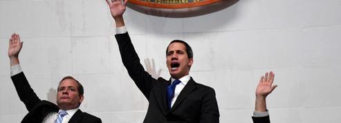 Venezuela: Guaido prête serment comme président du Parlement depuis le perchoir
