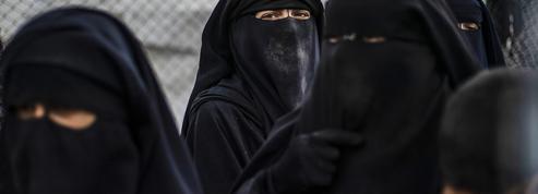 «Nous voulions être dans une terre où on applique sa religion» : témoignages de femmes djihadistes