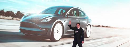 A Wall Street, l'action de Tesla bondit de près de 14%