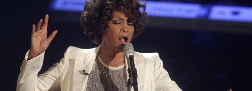 Le producteur de Bohemian Rhapsody lance un biopic «sans tabou» sur Whitney Houston
