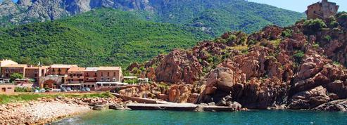 Privée de liaison aérienne avec le continent, la Corse en plein «désarroi»