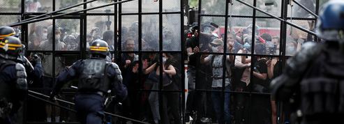EN DIRECT - «Violences policières» : la manifestation se disperse place de la République après un accès de tension