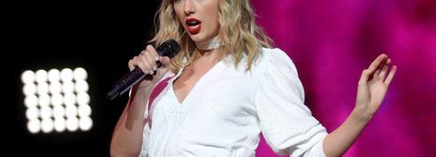 «Les scélérats ne méritent pas de statues» : le coup de colère de Taylor Swift
