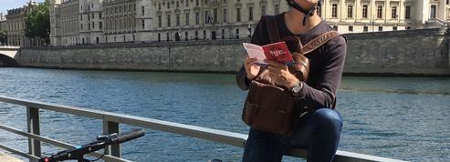 Une chasse au trésor organisée à Paris... en trottinette!