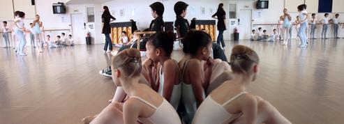 «Ces enfants ont vraiment envie de danser» : les petits rats de retour à l'Opéra de Paris