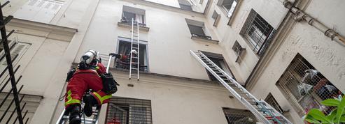 Sept blessés, dont deux en urgence absolue, dans l'incendie d'un immeuble à Paris