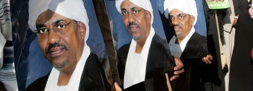 Soudan: le procès de l'ex-président Omar el-Béchir s'est ouvert à Khartoum