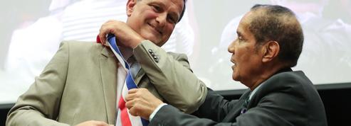 Trois lauréats et un éditeur boycottent un prix littéraire après l'élection de Louis Aliot à Perpignan