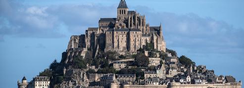 Mont-Saint-Michel, puy de Dôme, pont du Gard... Ces grands sites touristiques accessibles sans voiture