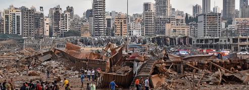 Une violente explosion souffle le port de Beyrouth et sème le chaos