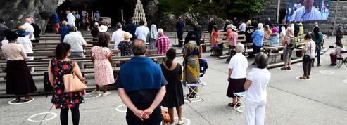 Masqués, moins nombreux ou sur internet : comment les pèlerinages de 2020 s'adaptent au Covid-19