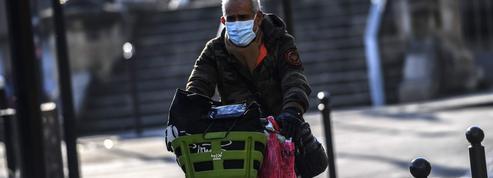 EN DIRECT - Coronavirus : 6111 nouveaux cas en 24 heures, la hausse se poursuit en France
