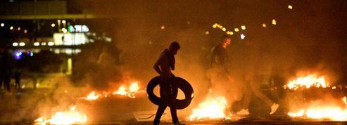 Suède : plusieurs policiers blessés après des incidents liés à un Coran brûlé
